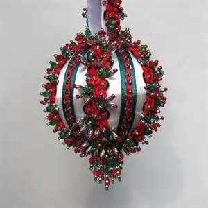 beaded christmas ornament kit yuletide greeting by glimmertree