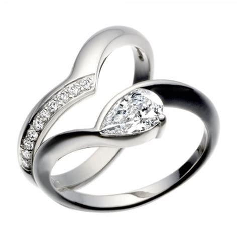 platinum pear shaped engagement ring