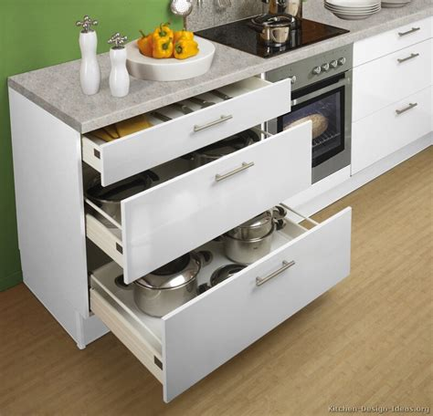 Kitchen Drawers And Cabinets by Pictures Of Kitchens Modern White Kitchen Cabinets
