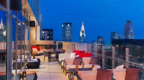 Bar On Top Of One New Change by Top 5 Rooftop Bars In New York Liligo