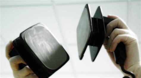 Alat Kejut Jantung alat kejut jantung bisa dibeli di mesin penjual otomatis di jepang kabar berita artikel