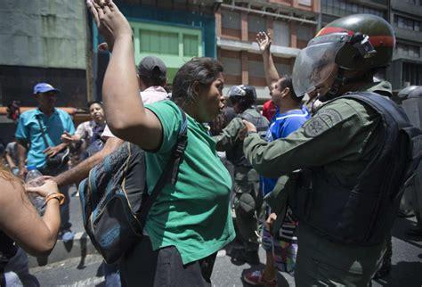 imagenes protestas venezuela fotos protestas en venezuela internacional el pa 205 s