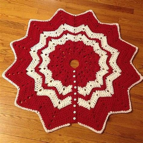christmas ripples tree skirt pattern ripple free knitting pattern crochet christmas tree skirt