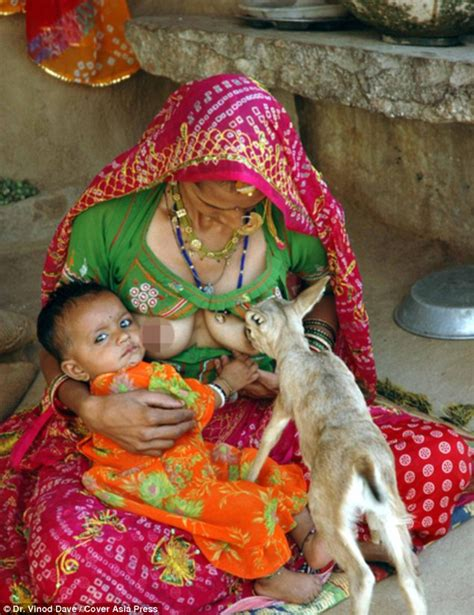 lade indiane indian tribeswomen that breastfeed deer alongside children