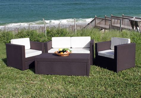Resin Patio Furniture by Resin Outdoor Furniture Imparts An Aor Of Elegance And