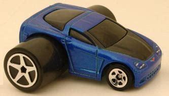 Wheels Tooned Corvette C6 Yellow Editions 2004 099 editions 2004 wheels