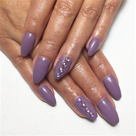 Ongle En Gel Violet by Ongles En Gel Mauve