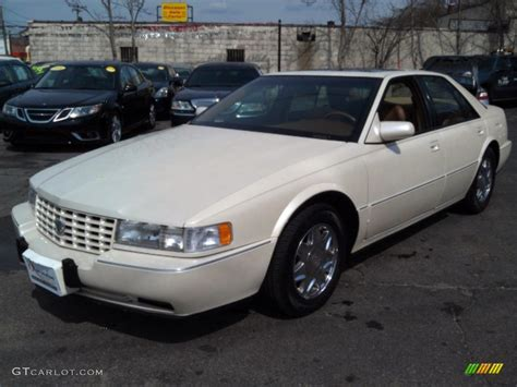 Cadillac Seville 1995 by 1995 White Cadillac Seville Sts 79200379
