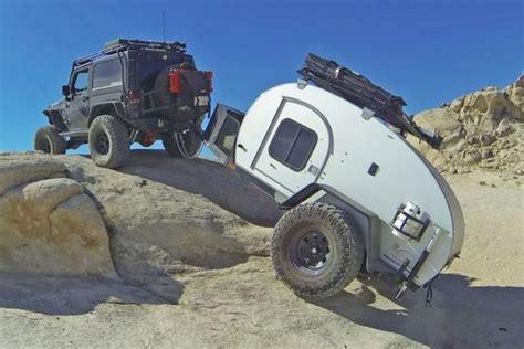 jeep wrangler unlimited towing travel trailer construindo um mini trailer offroad conhecido como