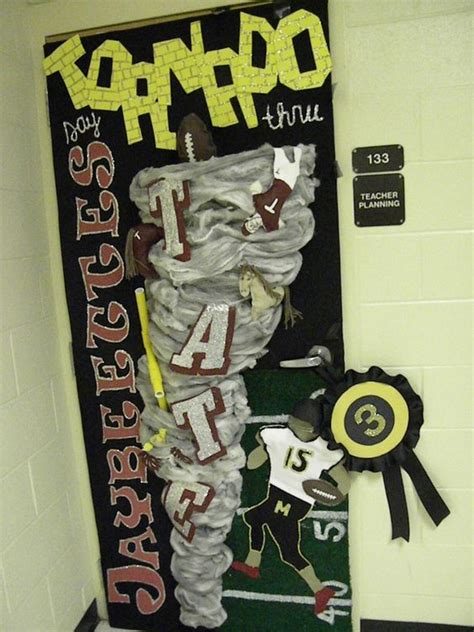 Homecoming Door Decorating Ideas by Homecoming Door Decorations Homecoming Door Decorating