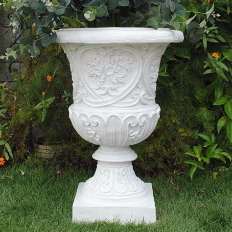 Cheap Garden Planters by High Quality Resin Garden Planters Garden Urn Planter