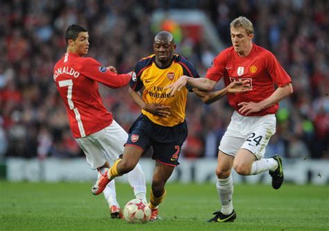 arsenal ronaldo 7 cristiano ronaldo and darren fletcher photos photos