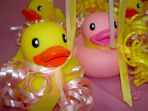 How To Host Baby Shower by How To Host An Excellent Baby Shower Loving Baby Gifts