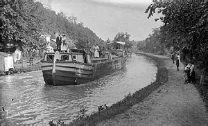 mule pulled canal boat in georgetown ride the c o canal feel like a part of history wtop