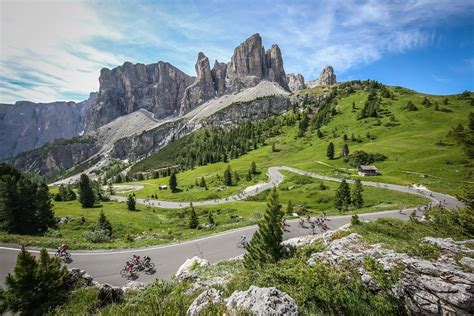 Sella Ronda Motorrad by Sellaronda Bike Day