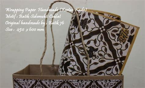 Kertas Kado Untuk Pembungkus Hadiah wrapping paper kertas pembungkus kado motif batik