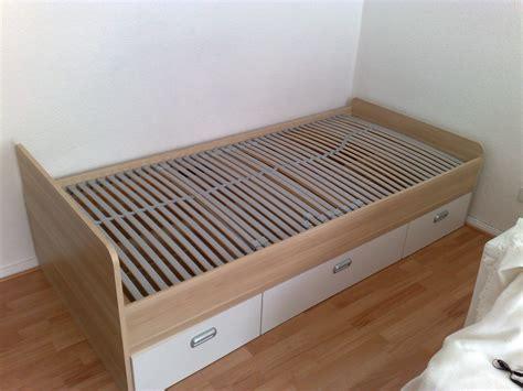 jugendbett mit schublade jugendbett mit 3 schubladen und lattenrost m 246 bel
