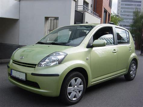 Green Light Auto by Lhd Daihatsu Sirion 11 2006 Metallic Light Green Lieu