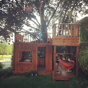 Swing Sets For Small Backyards 1000 Ideas About Backyard Fort On Pinterest Swing Sets