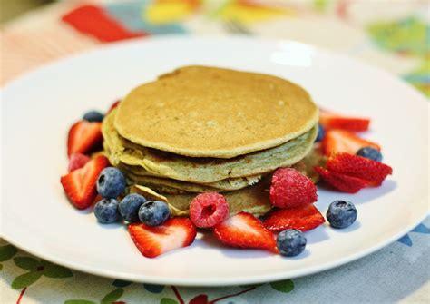 protein pancakes how to make protein pancakes a simple protein pancake