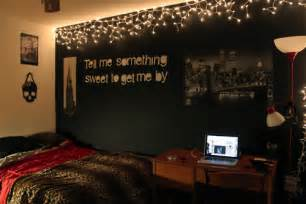 With 655 notes tagged as tumblr bedroom bedrooms bedroom ideas