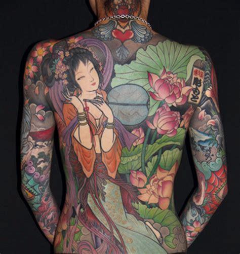 geisha tattoo vrouw 1001 id 233 es irezumi ou le tatouage japonais traditionnel
