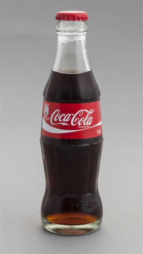 si鑒e coca cola file flasche coca cola 0 2 liter jpg wikimedia commons