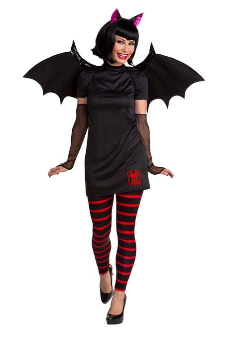 hotel transylvania the series dracula classic mens costume hotel transylvania mavis costume for women
