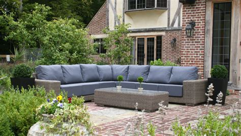 seven reasons to choose rattan furniture for your garden