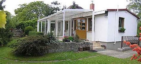 alemania berlin casa de vacaciones de  dormitorios  jardin terraza invernadero en biesdorf