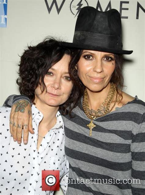 linda perry and joe perry related linda perry news photos and videos contactmusic