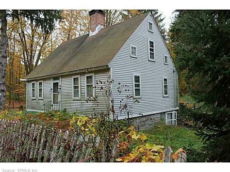 colonial homes for sale in connecticut 18th century 1780 132 jackson rd higganum ct 18th century houses