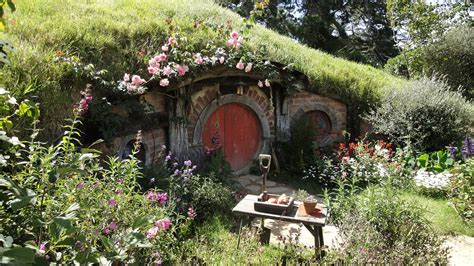 the hobbiton movie set new zealand world for travel the hobbiton movie set new zealand world for travel