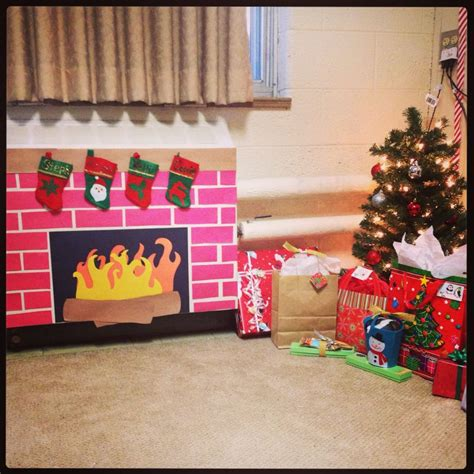 diy decorations with construction paper construction paper fireplace