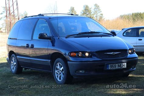 voyager infinity chrysler voyager gs infinity 3 3 v6 116kw auto24 ee