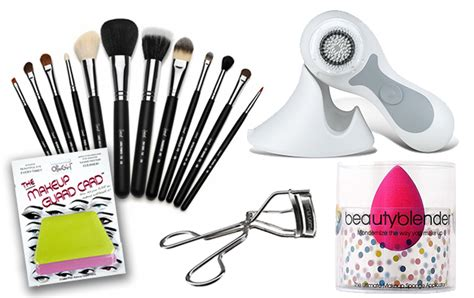 7 Makeup Tools You Must To Do Your Makeup Like A Pro by 5 Tools You Must Own Asia S