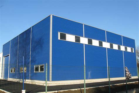 capannoni in ferro prefabbricati capannoni agricoli in acciaio e capannoni industriali
