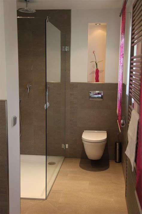 geflieste kleine badezimmer g 228 ste dusch bad bathroom duschen gast und