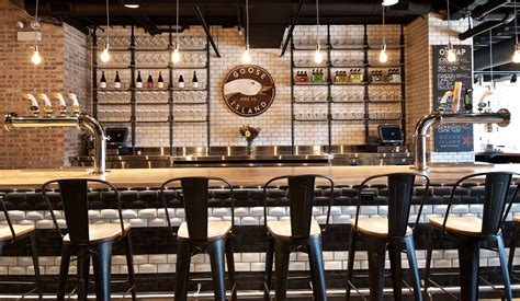 Tap Room by Goose Island S New Fulton Tap Room
