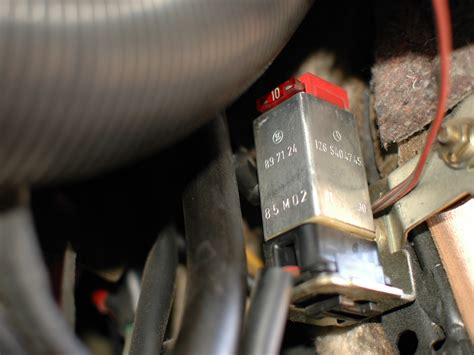 mercedes w123 voltage protection relay and fuse