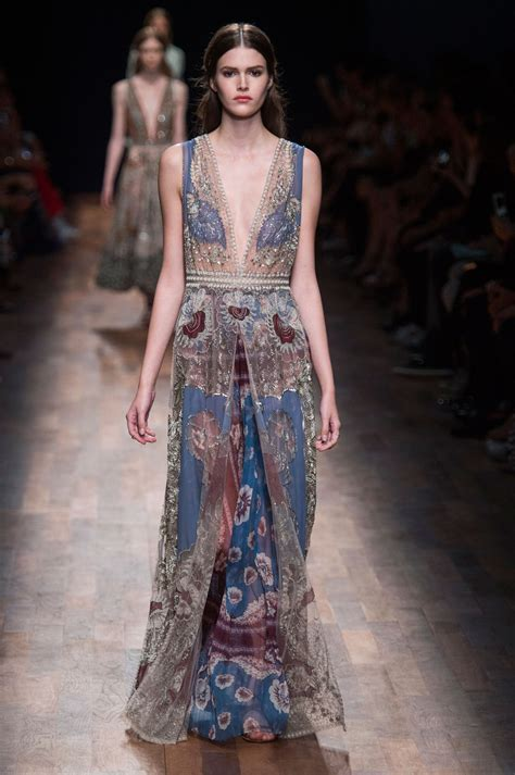 Top 9 Valentino Dresses by Valentino 2015 The Best Runway Looks At