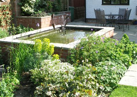 Ponds And Water Features Garden Features Haywood