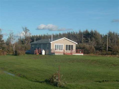 prince edward island cottage chalets de la grande basse