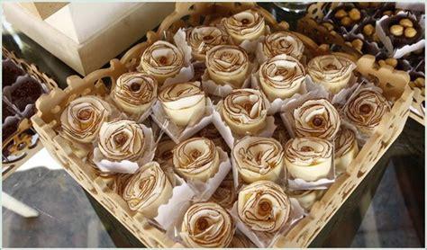 xícaras decoradas flores 32 melhores imagens de bandejas no pinterest bandejas