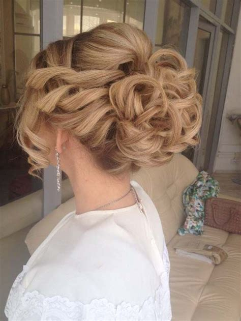 50 lovely bun hairstyles for long hair 12 hottest wedding