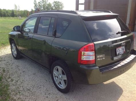Jeep Compass 2 Door Sell Used 2007 Jeep Compass Base Sport Utility 4 Door 2 4l