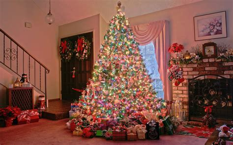 decorated christmas trees wallpapers pics pictures