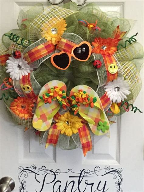 1000 ideas about flip flop wreaths on pinterest wreaths