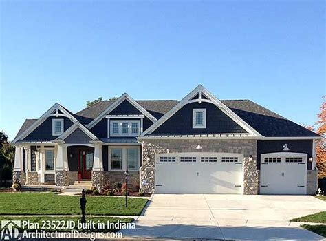 blue craftsman house best 25 navy house exterior ideas on pinterest blue house exterior colors blue
