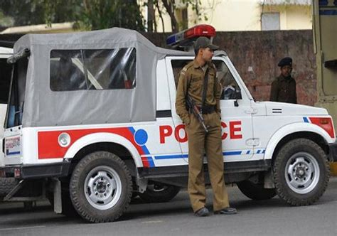 Three Delhi Police Officers Physically Attacked For Doing ...